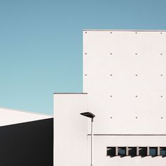 Unknown Geometries Photography Italian photographer Giorgio Stefanoni brings here a different perpective of Milanese architecture. Under a blue sky, he has captured images of lesser-known geometric structures. More in the following.