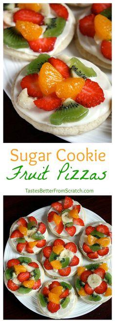 Mini Sugar Cookie Fruit Pizzas -- super easy to make soft sugar cookies using seasonal fruit Pastas Recipes, Fruit Recipes, Desert Recipes, Cooking Recipes, Healthy Recipes, Recipies, Soft Sugar Cookies, Sugar Cookie Dough, Sugar Cookie Fruit Pizza
