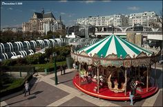 Carrousel at Forum Les Halles in Paris (France) - Carousels on Waymarking.com