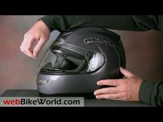 Reevu's MSX1 o capacete com visão traseira