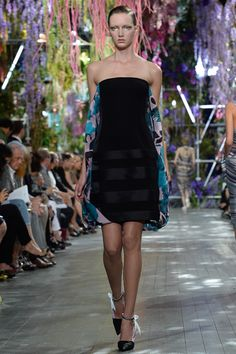 Christian Dior Spring 2014 Ready-to-Wear Collection Slideshow on Style.com (my personal favorite from the collection!)