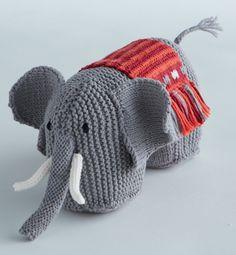 Mixez les points de tricot pour ce doudou éléphant au style ethnique.