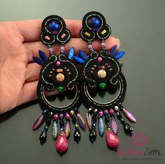 A bit of rainbow - new unique earrings in my shop #longearrings #soutache #soutacheearrings #handmadejewelry #jewelry #earrings #black #boho #girls #rainbow #christmas #birthday #earlobe #giftforChristmas #giftforwife