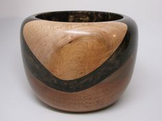 A Unique Wooden Bowl Made of Black Walnut & by colemancrafts