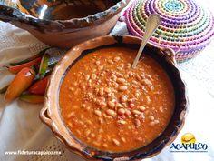 https://flic.kr/p/RXGcnc | Conoce el increíble sabor de los frijoles charros en El Cabrito de Acapulco. GASTRONOMÍA DE MÉXICO 1 | #gastronomiademexico Conoce el increíble sabor de los frijoles charros en El Cabrito de Acapulco. GASTRONOMÍA DE MÉXICO. En ningún lugar pueden faltar los riquísimos frijoles charros, los cuales son preparados con un frijol especial, chicharrón de puerco, chiles, tocino y jitomate, entre otros ingredientes y como los del restaurante El Cabrito de Acapulco, no hay…