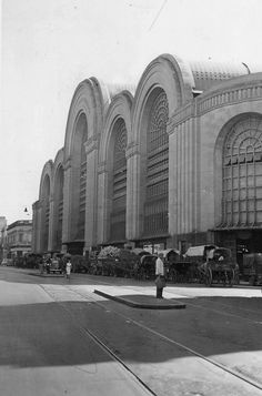Mercado de Abasto de Buenos Aires was the central market where goods were brought to the city and then distributed, 1952.