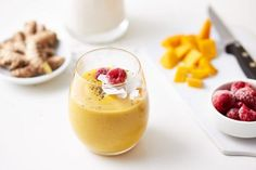 10 turmeric smoothies to glow up your body—and your Instagram