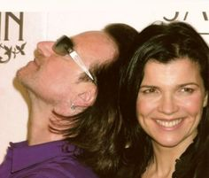 Bono - a man who knows his wife is his best feature ;)