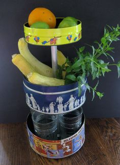Tiered cookie tin upcycle
