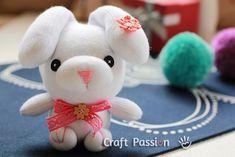 Zajíček z ponožky / Mini Sock Bunny from All Free Holiday Crafts Diy Sock Toys, Sock Crafts, Diy Toys, Fabric Crafts, Sewing Crafts, Sewing Projects, Craft Patterns, Sewing Patterns Free, Free Sewing