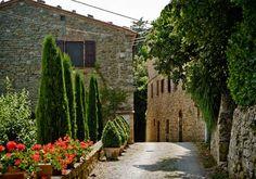 Via di Mezzo, Castiglioncello del Trinoro, 53047 Sarteano (SI), Italy