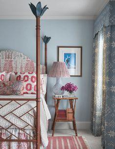 10 Favorite Meredith Ellis Designed Rooms - Design Chic Beautiful Bedroom Designs, Beautiful Bedrooms, Bamboo Furniture, Custom Furniture, Custom Headboard, Brass Bed, Peacock Design, Make Design, Bedroom Decor