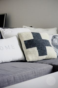 Small things with a bling - Blogi | Lily.fi  Love that pillow with a cross! Think that will be my next knitting project.