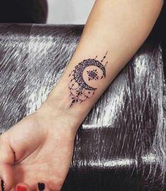 Ornament Moon Tattoo am Handgelenk von Anna Yershova: tattoo old school tattoo arm tattoo tattoo tattoos tattoo antebrazo arm sleeve tattoo Wrist Tattoos For Guys, Small Girl Tattoos, Small Wrist Tattoos, Arm Tattoos For Women, Tattoo Designs For Women, Tattoo Small, Unique Tattoos For Women, Small Moon Tattoos, Model Tattoos