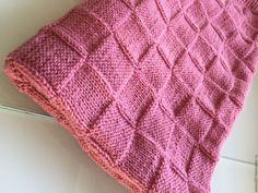 """Купить Вязаный детский плед """"Розовые квадраты"""" - розовый, плед для новорожденного, детский плед"""