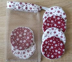 Homemade Gifts, Diy Gifts, Sewing Hacks, Sewing Crafts, Sewing Machine Basics, Remove Makeup From Clothes, Sewing To Sell, Makeup Remover Pads, Fabric Gift Bags