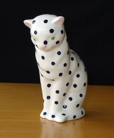 Lovely Plichta London Studio Pottery Cat Figurine.  White with Black Polka Dots and Green Eyes.