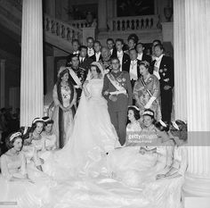 The young royal couple SOPHIE of Greece and Prince Don Juan CARLOS, heir to the Spanish throne, posing with maids of honor and members of the family in Athens. To the right of Princess SOPHIE is. Get premium, high resolution news photos at Getty Images Spanish Royalty, Don Juan, Princess Sofia, Royal Jewels, Royal Weddings, Still Image, Maid Of Honor, Poses, Couples