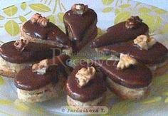 Kávové slzičky - My site Chocolate Desserts, Chocolate Coffee, Czech Desserts, Czech Recipes, Xmas Cookies, Food Decoration, Sweet And Salty, Desert Recipes, Christmas Baking