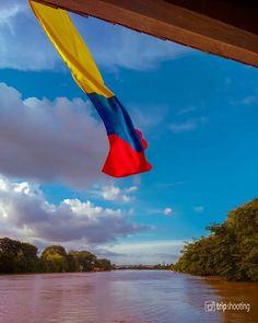 """Fotografía de viajes en Instagram: """"😱 ¿Un plan por $600 COP o $0.18 USD? . Sí señores, mientras la bandera colombiana 🇨🇴 sigue hondeando con fuerza por los 200 años de…"""" Plans, Outdoor Decor, Instagram, Home Decor, Travel Photography, Strength, Colombia, Fotografia, Decoration Home"""