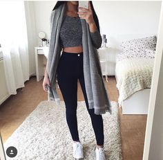 Baddie Outfits – Page 7504837260 – Lady Dress Designs Teen Fashion Outfits, Mode Outfits, Outfits For Teens, Grunge Outfits, 90s Fashion, Fashion Black, 2017 Outfits, Fashion Beauty, Fall Winter Outfits