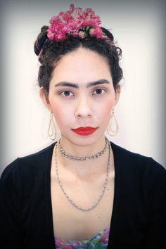 Eu de Frida Kahlo pra falar sobre a exposição dela que está no MIS em São Paulo  http://princesadapreguica.com.br/exposicao-frida-kahlo/