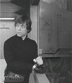 Mark Hamill - Luke Skywalker - Return of the Jedi Star Wars Luke Skywalker, Mark Hamill Luke Skywalker, Star Wars Tattoo, Star Wars Characters, Star Wars Episodes, Saga, Star Wars Pictures, Star Wars Wallpaper, Star Wars Party