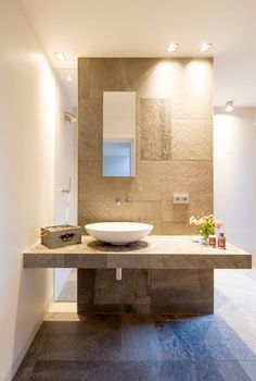 Gäste-WC: minimalistische Badezimmer von Architektur Jansen