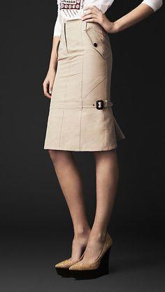 Burberry Prorsum Kick Back Pencil Skirt