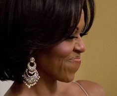 miriam-haskell-gold-chandelier-earrings-with-glass-pearls-worn-by-first-lady-michelle-obama