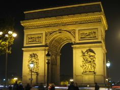 Arc de Triumphe - Paris, France