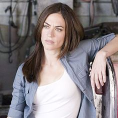 Sons of Anarchy Tara . Before she cut her hair UGLY! Sons Of Anarchy Tara, Sons Of Anachy, Her Cut, Cut Her Hair, Maggie Siff, Sons Of Anarchy Motorcycles, Celebs, Celebrities, Girl Crushes