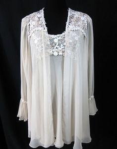 Flora Nikrooz Robe Nightgown Peignoir Set Vintage 1980s Beige Chiffon  Appliques  FloraNikrooz Peignoir 4e7e35654