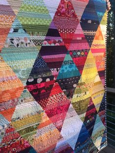 Patchwork Quilt Patterns, Patchwork Bags, Scrappy Quilts, Patchwork Ideas, Crazy Patchwork, Patchwork Fabric, Patchwork Designs, Fabric Art, Sewing Patterns