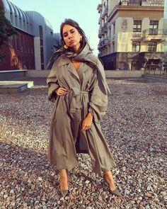 "190 Gostos, 3 Comentários - Natasha Goldenberg (@ngoldenberg) no Instagram: ""Posing like a serious one for @alexeykiselef in  @celine eeee"""