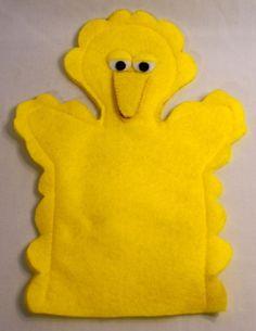 bathmit or puppet of Big Bird Sesame Street Puppets, Bird Puppet, Puppet Crafts, Hand Puppets, Big Bird, Handmade Felt, Wrapping, Crafts For Kids, Sewing Patterns