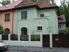 Vila aflata in zona Cotroceni. http://www.imopedia.ro/anunt/vila-in-bucuresti-cotroceni-87RUN4100.html