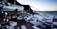 Cape Town's hottest new swanky beach club has arrived. The 2000 square meter Shimmy Beach Club, with its spectacular location, private beach. Destinations, Best Club, Amazing Pics, Cape Town, Sun Lounger, Night Life, South Africa, Gazebo, Around The Worlds