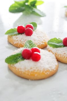 Holly Cookies (Receta Navidad) | Madrid Bloguea http://madridbloguea.blogspot.com.es/2014/12/holly-cookies-receta-navidad.html