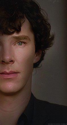 Benedict Cumberbatch as Sherlock (Perfection) Sherlock Bbc, Benedict Sherlock, Benedict Cumberbatch Sherlock, Sherlock Series, John Watson, Johnlock, Martin Freeman, Mrs Hudson, Sherlolly