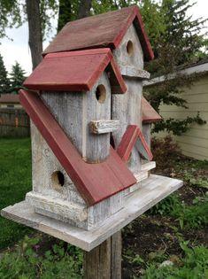Vintage 4 family birdhouse