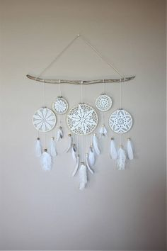 White Dream Catcher Wandbehang-Treibholz Feather Dream Catcher-Treibholz Boho Wall Decor-Boho rustikale Wandbehang-Woodland Nursery – DIY Home Decor Lace Dream Catchers, Dream Catcher White, Feather Dream Catcher, Dream Catcher Boho, Dream Catcher Decor, Diy Tumblr, Décor Boho, Boho Diy, Boho Style