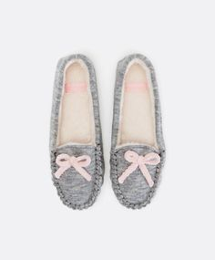 Moccasin slippers with bow trim - OYSHO