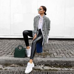 The oversized blazer I wore as a dress at fashion week, multipurpose ♀️ still cannot get enough of vinyl, this pair are @rebelliousfashion, code NEWYOU for 25% off