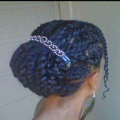 Cute protective style..will try once all natural
