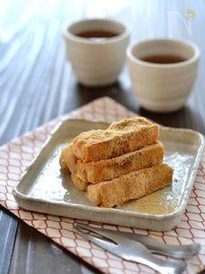 ごま風味のスティックきなこ餅 French Toast, Sweets, Bread, Snacks, Breakfast, Recipes, Food, Cooking, Morning Coffee