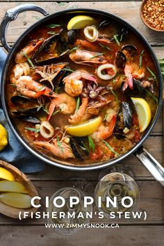 Seafood Stew, Fish And Seafood, Cioppino Recipe, Seafood Recipes, Cooking Recipes, The Fish Market, Vegetarian Salad Recipes, Mussels