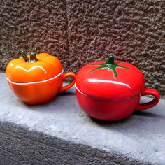 Porcelain Pumpkin & Tomato shaped cups |