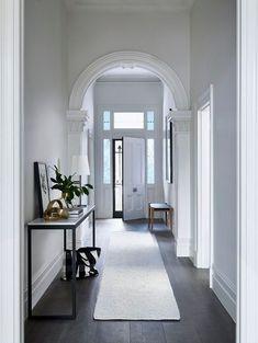 Popular Interior Trends House Color Schemes Interior, House Paint Interior, Interior Paint Colors, Home Interior Design, Dulux Paint Colours, Arch Interior, Hallway Colours, Hallway Colour Schemes, Wall Colours