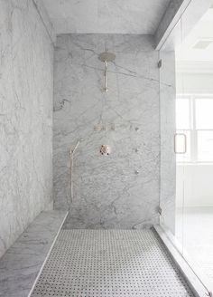 Shower bench on long wall. Gray Marble Slab Shower Surround with Long Floating Shower Bench, Transitional, Bathroom Shower Seat, Shower Floor, Huge Shower, Shower With Bench, Shower Benches, Shower Walls, Shower Base, Bad Inspiration, Bathroom Inspiration